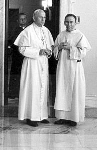 Jean Paul II et p MD Philippe, 1980